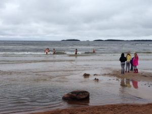 Strandhäng och iskallt bad!